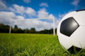 piłka nożna i bramka